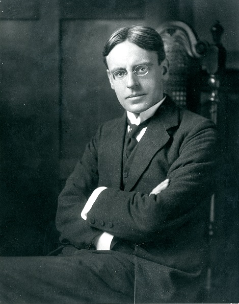 Black and white photograph of Dr Robert Fleming Rattray
